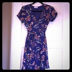 Lush blue floral wrap dress - Size Small